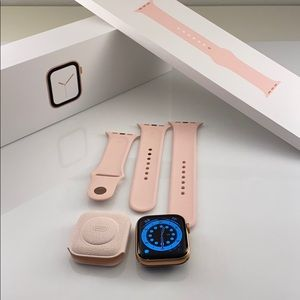 44 MM Apple Watch cellular series 4